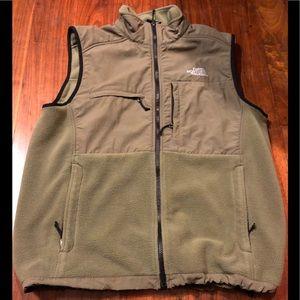 Men's the North Face fleece vest size Large